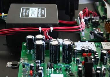 3.5mm音频插座的引脚怎么接到电路板上